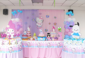 hello kitty decoration