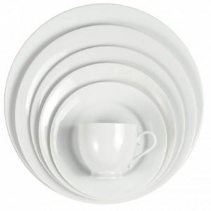 white-round-plates